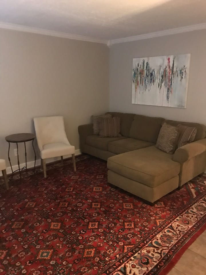 Cute & Cozy Jackson Ave 1 BR Next to Ole Miss