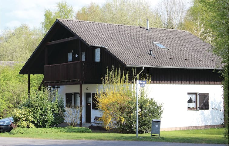 Holiday apartment with 2 bedrooms on 56 m² in Thalfang