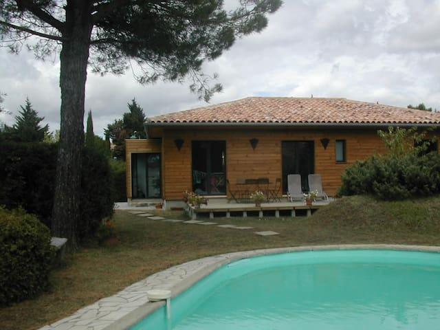 Maison de campagne avec piscine/ - Carcassonne