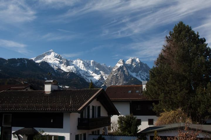 great panoramic view Garmisch - Garmisch-Partenkirchen - Lejlighed
