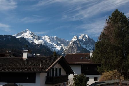 great panoramic view Garmisch - Apartment