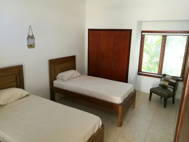 Descanso en casa campestre. Puerto Peñalisa - Ricaurte - House