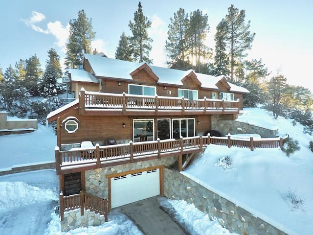 Large Home! Amazing Lake Views! 900 ft to Village!