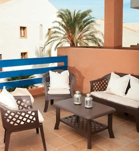 Duquesa Suites Golf & Gardens - Sabinillas, Manilva