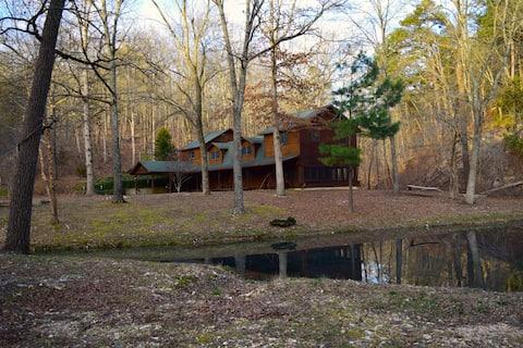 Private Rustic Cabin- Families, Couples, Retreats