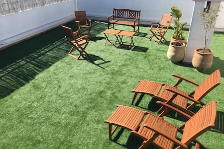 Appartement de luxe avec jardin privé.