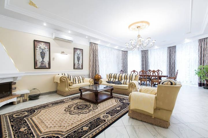Villa on the ruble for a family or a business trip