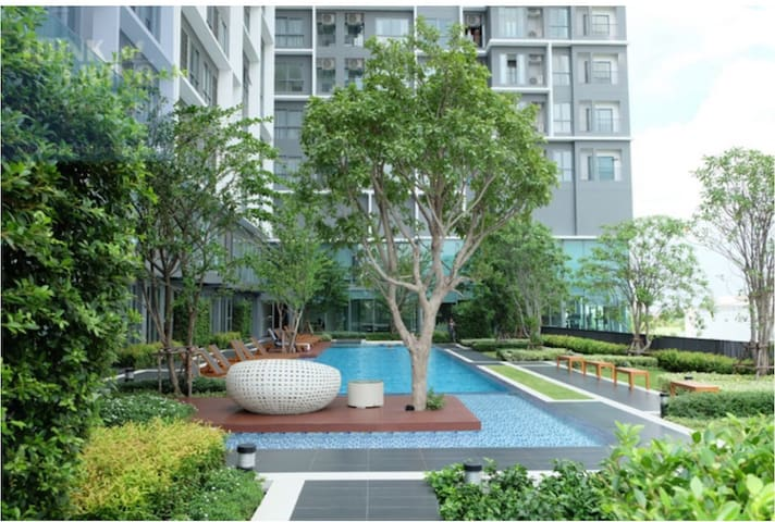 Modern 2BR~CityView~SteptoBTS~Close toCity Center
