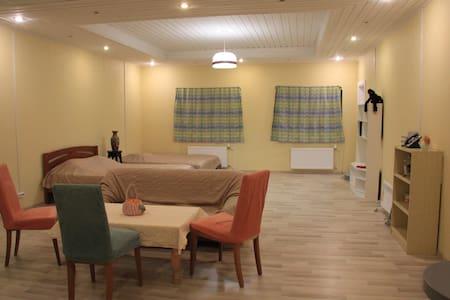 Квартира в 10мин от горнолыжного курорта - Hamina - Rumah