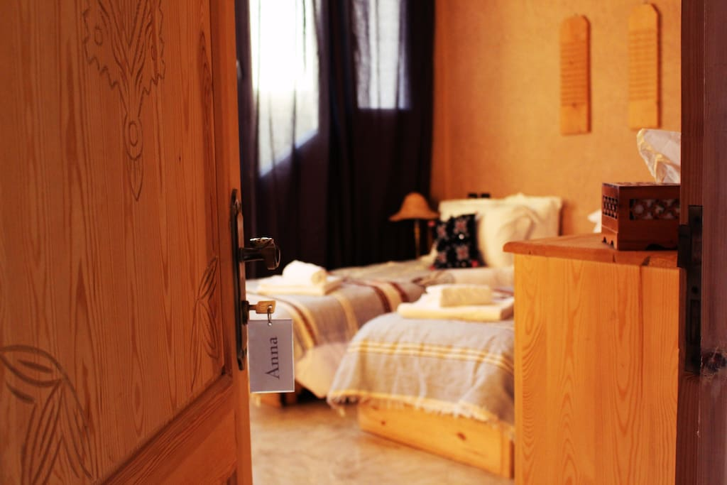 Three beds (90X200cm), hotel-quality linen, towels and storage places for your luggage.