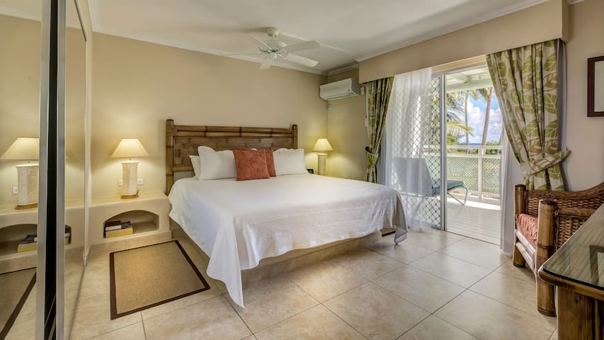 Spacious, fully serviced One Bedroom Suite