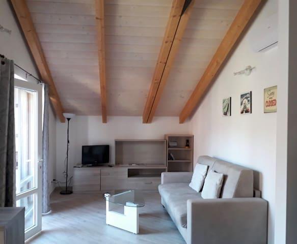 Brand new home: tra Mare, Passeggiata e Budello...