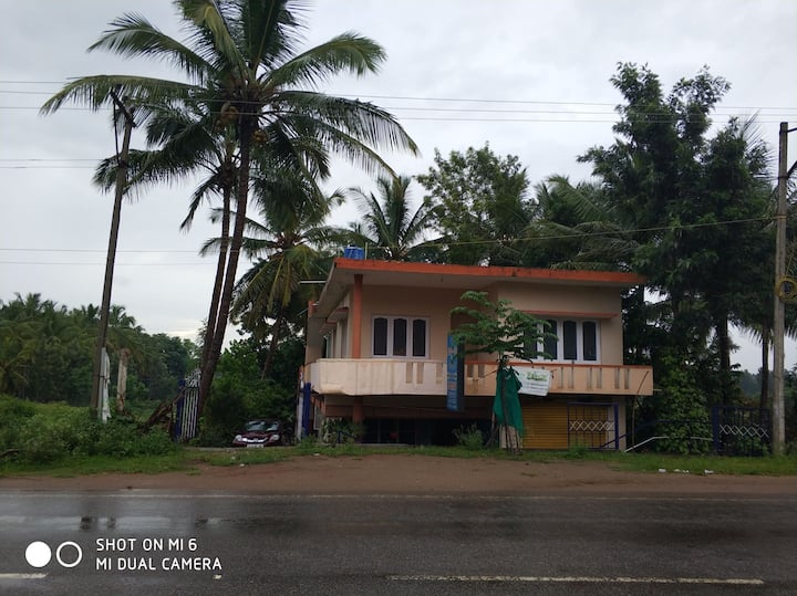 Airbnb hillz homestay