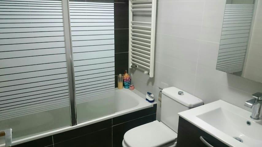 Apartamento  bien equipado - Benaguasil - Huoneisto