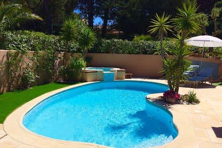 Villa de 130 m2 - Proche plage - Ramatuelle - Villa