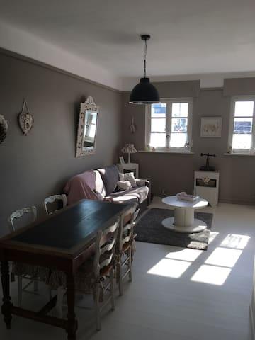 Appartement rénové, à proximité de la plage