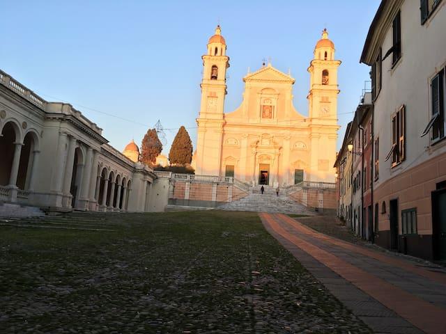 Basilica Santo Stefano -Centro Storico raggiungibile in 5 minuti a piedi