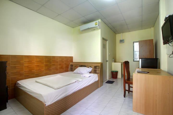 Bonus Bungalow Room 2