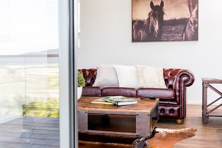 Yarramunda Bed & Breakfast: Angus House