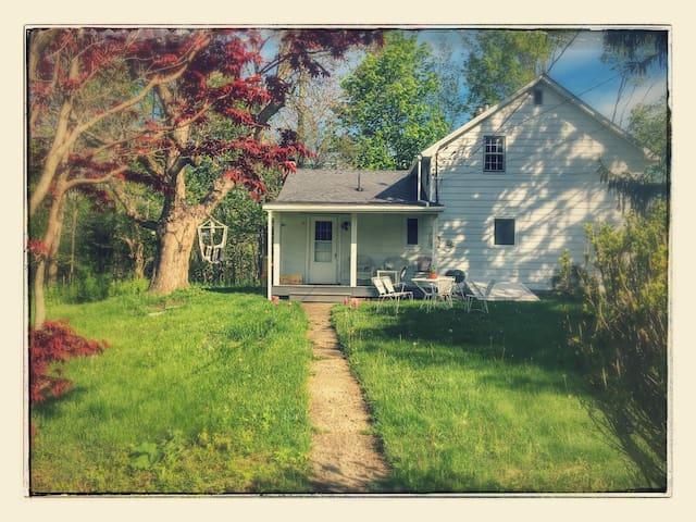 Hudson/Bard area restored farmhouse w/ creek