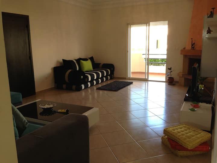 Cosy Villa/ Swimming Pool/ 2 min walk to the Beach