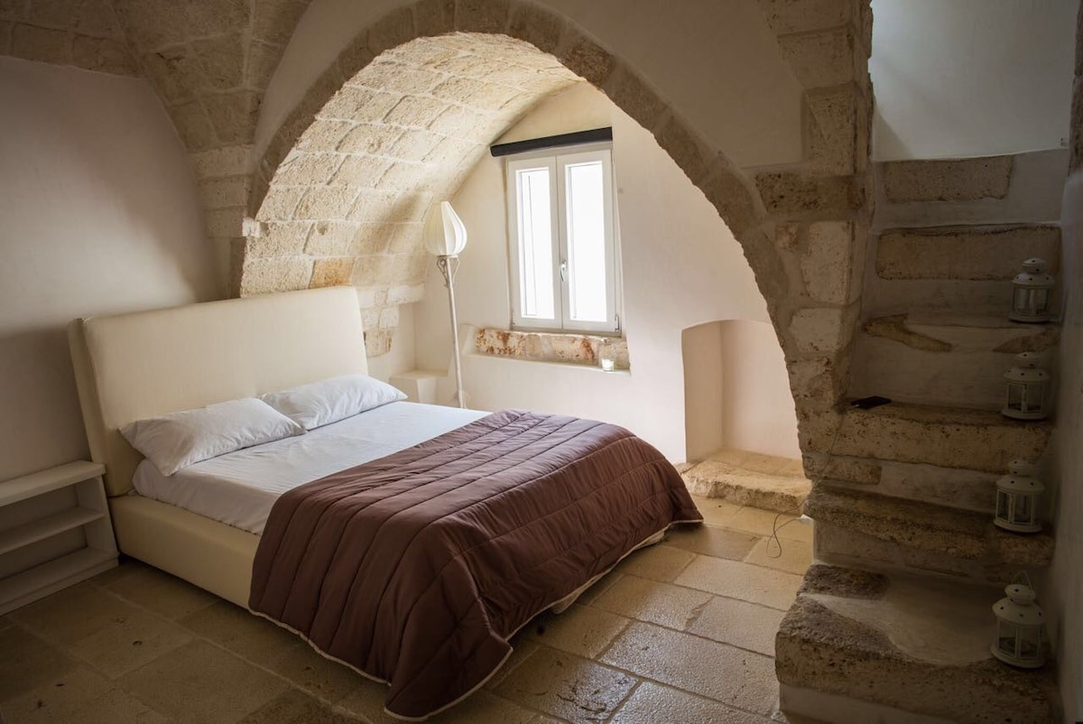 Schlafzimmer Mit Bad U0026 Offener Dusche 2. Ebene Mit Zugang Zur Dachterrasse.