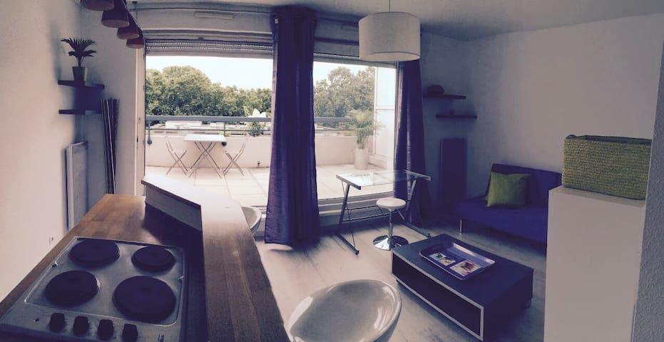 Petit studio cool