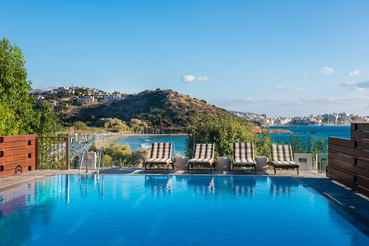 Agios Nikolaos Beach Villa-Beach 3m