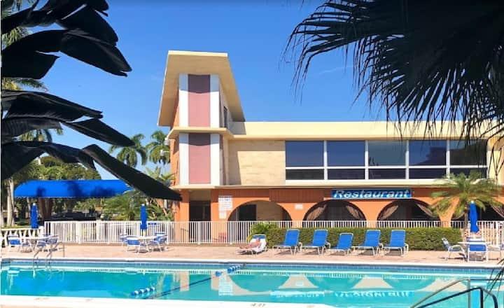 BHostels Hollywood Florida - Mixed Shared