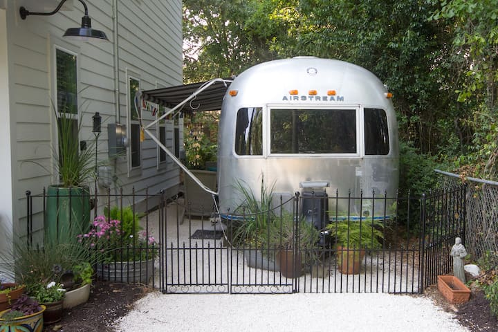 Glamping in West Ashley / Charleston - Charleston - Camper/RV