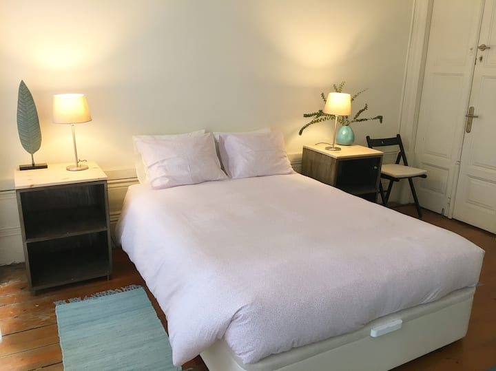 New! Beautiful and comfortable double bedroom!