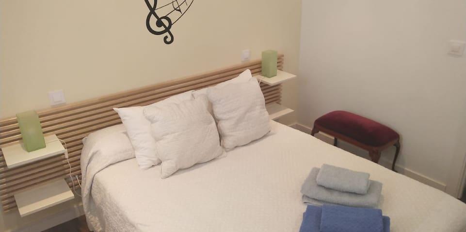Habitación doble con WIFI, Atocha