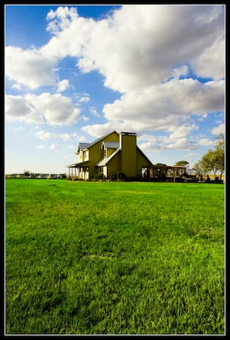 Inn at Wind Hill Ranch - Godley - Konukevi
