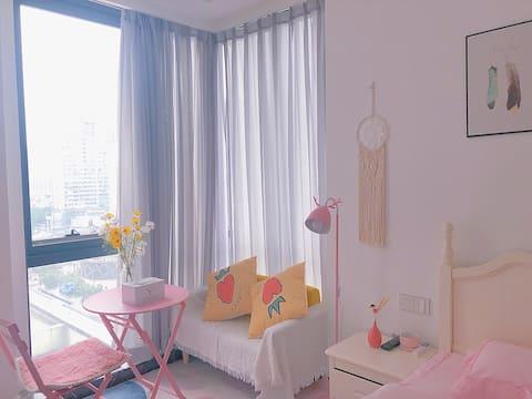 【拾月】文艺少女 小清新 杭州大厦 银泰城 落地窗观景公寓