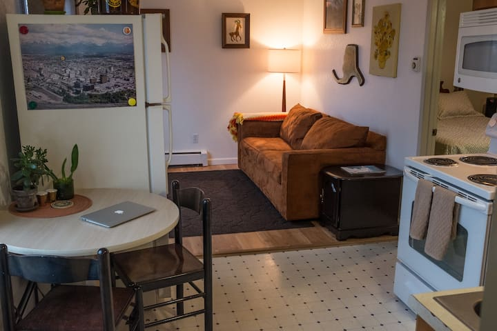Choice Comfort & Convenience steps from downtown - Anchorage - Apartamento