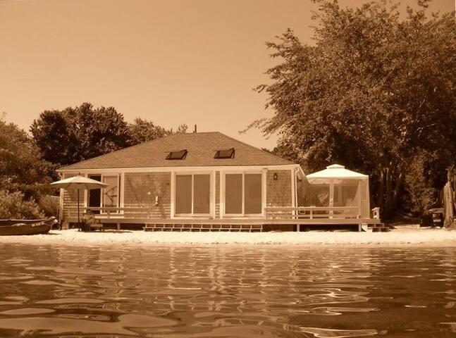 Mc's Shack Beach House 2 bedrooms , private beach