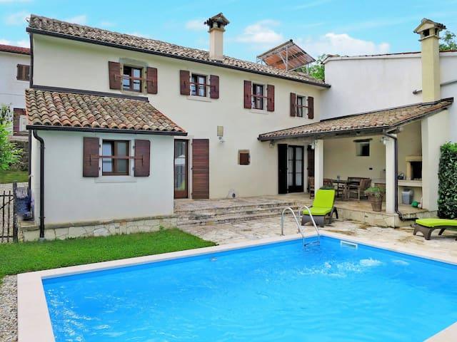 Villa Lukas - Pazin - Casa