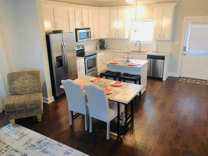 Corporate Downtown Rental (Monthly)