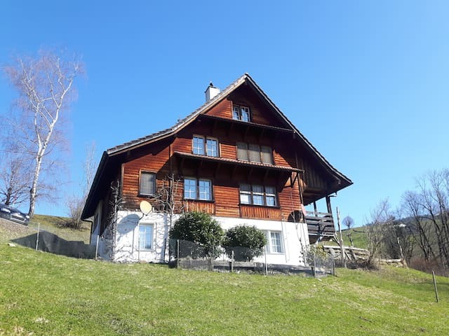 B&B in frisch renoviertem Toggenburgerhaus