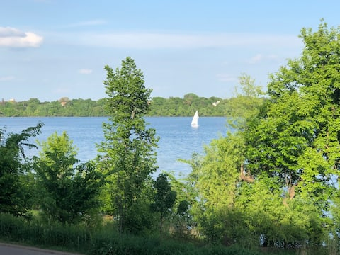 Furnished Condo with Lake Harriet Views !