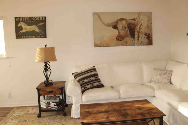 Westbrooks Farm Private Studio-Los Olivos