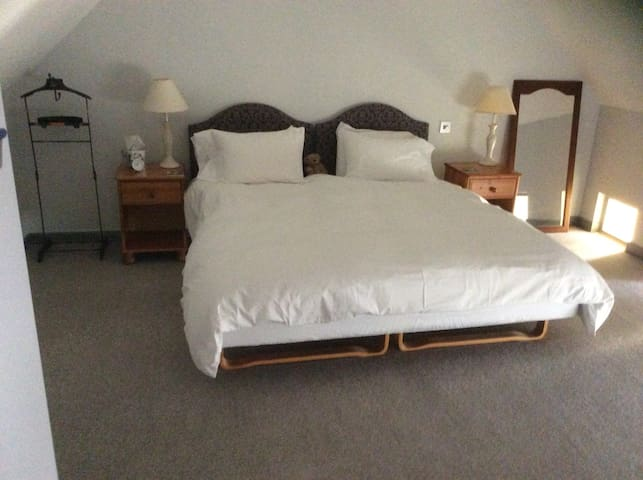 Superking or twin beds - your choice