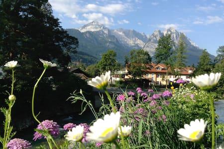 Ferienwohnung Steinberg 2, 60 qm - Garmisch-Partenkirchen - Condominium