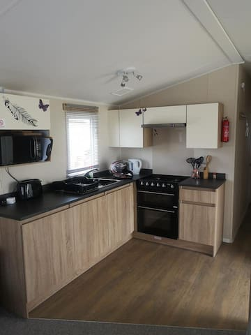2 bedroom gold plus standard caravan for rent.