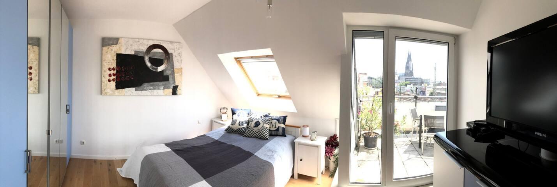 Zimmer & Dachterrasse