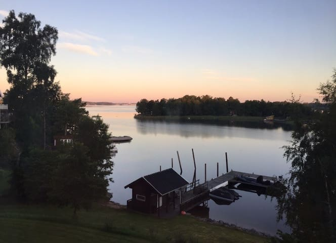 Waterfront Property with Great View - Vaxholm - Huis