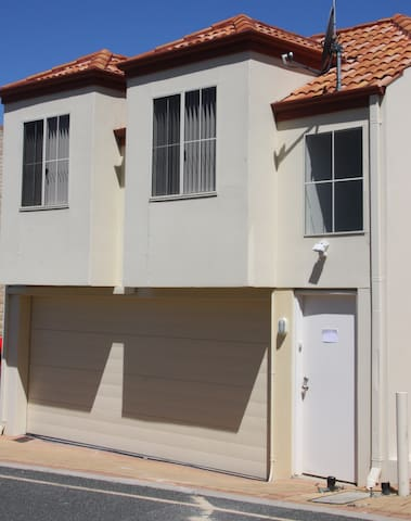 Studio with everything you need! - Joondalup