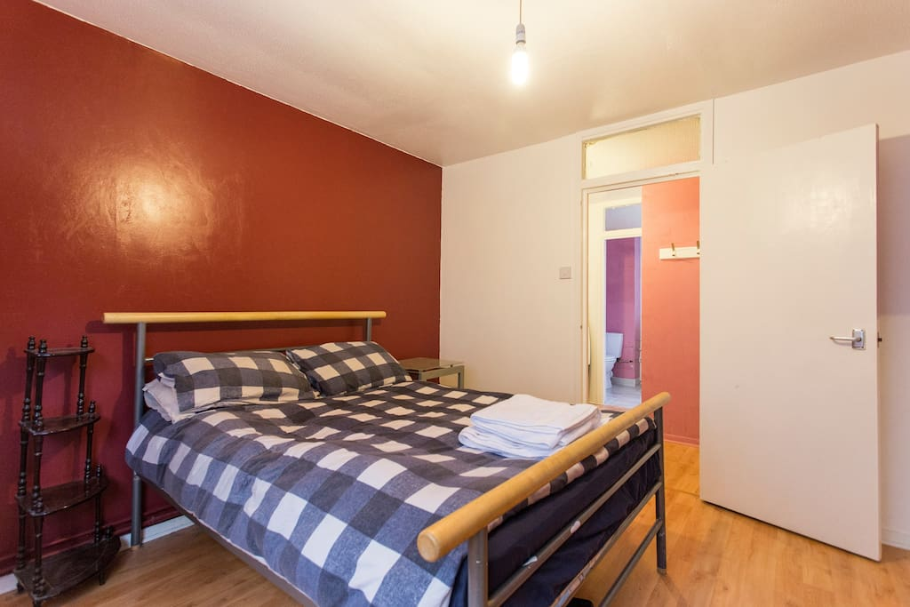 The double bedroom is private, comfortable and quiet - the perfect place to recover your energy!