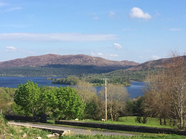 apartment over looking Lough Gill - Sligo - Appartement
