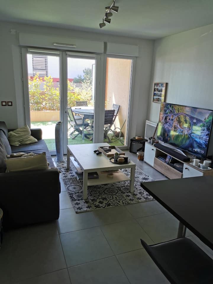 Appartement t2 40m2 + 26m2 de terrasse.
